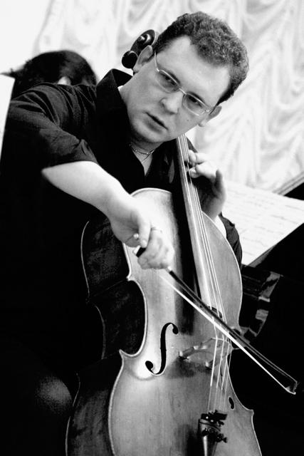 Борис Лифановский (виолончель)