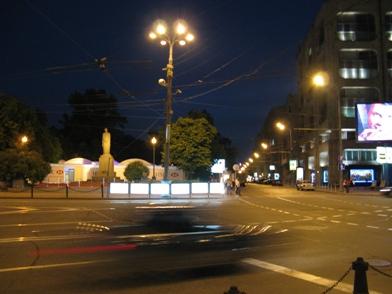 Вид площадки с площади Никитских ворот